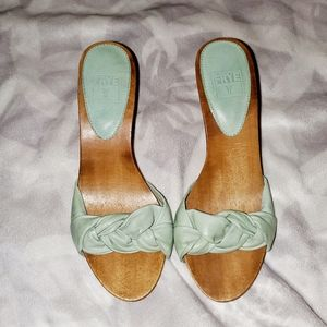 5/$30 Frye Mint Green Leather Mules size 6.5